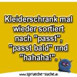 """Kleiderschrank mal wieder sortiert nach """"passt"""", """"passt bald"""" und """"hahaha!""""."""