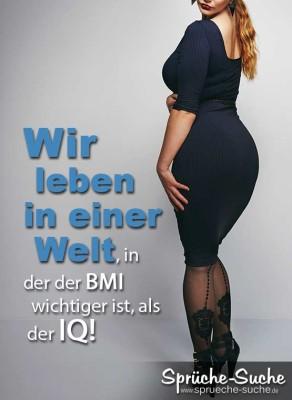 Spruchbild über Body-Mass-Index BMI mit Frau mit schönen Rundungen