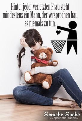 Liebeskummer Spruch, Frau mit Teddy weint