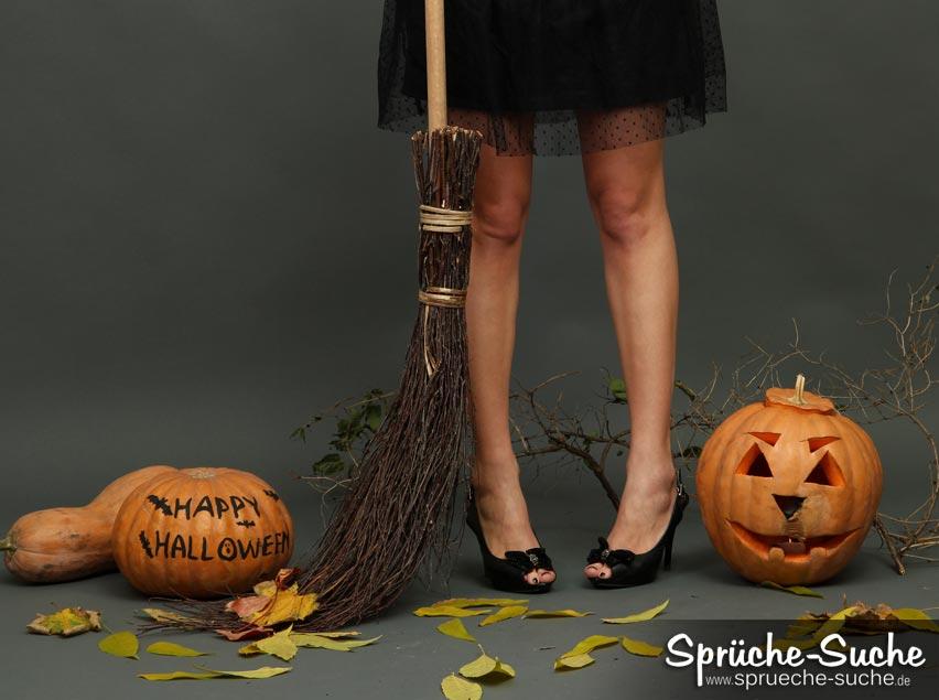 Happy Halloween Die Erste Hexe Ist Bereits Gelandet