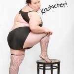 Sehr dicke Frau in Unterwäsche als Spaßbild zum Versenden