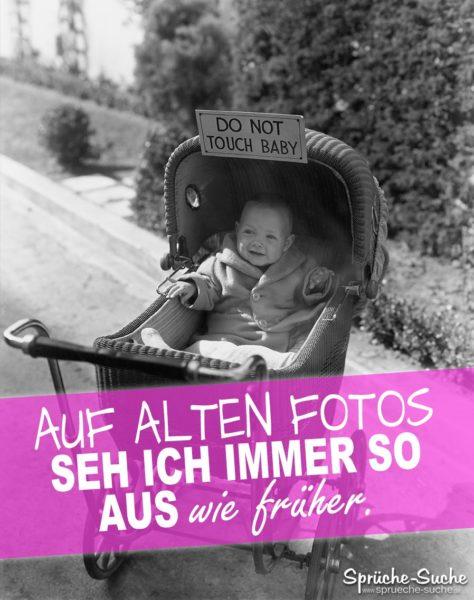 Altes Foto - Lustiger Spruch mit Baby im alten Kinderwagen von früher