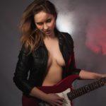 Gitarristen fingern besser!