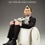 Sprüche zur Motivation - Mann im Mülleimer mit Banane auf dem Kopf