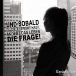 Frau am Fenster - Die Frage des Lebens