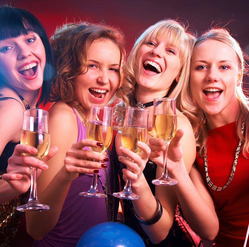Suche nach Tag: lesben party