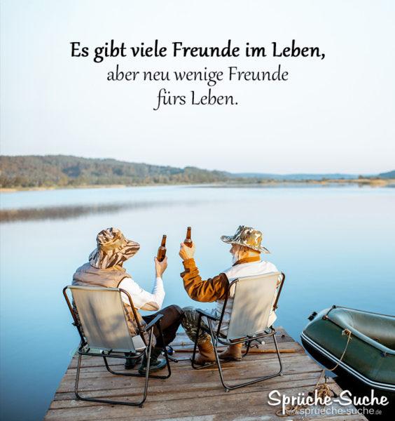 Alte Freunde beim Angeln - Es gibt viele Freunde im Leben, aber neu wenige Freunde fürs Leben.