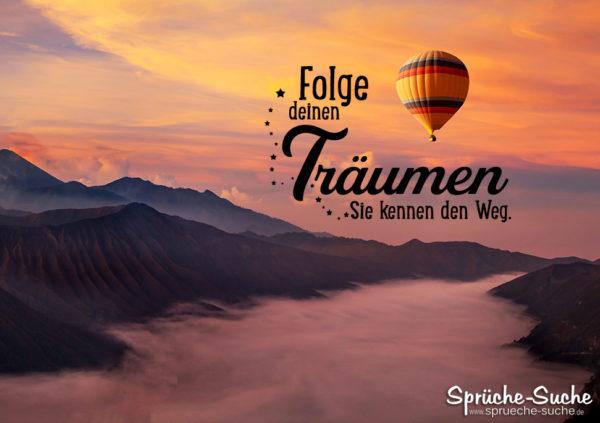 Ballonfahrt über den Bergen - Motivation fürs Leben - Folge deinen Träumen